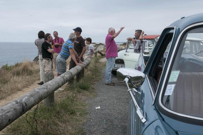 Pause sur la Corniche basque, cliché F. Canar