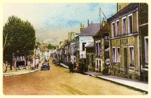 chateau-renault-rue-republique-1.jpg