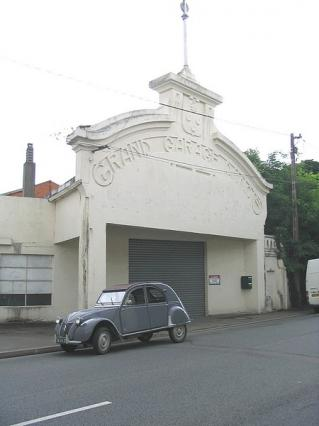 Chateaudungarage