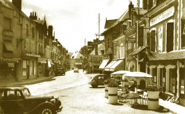 Cloyes rue annees 1950