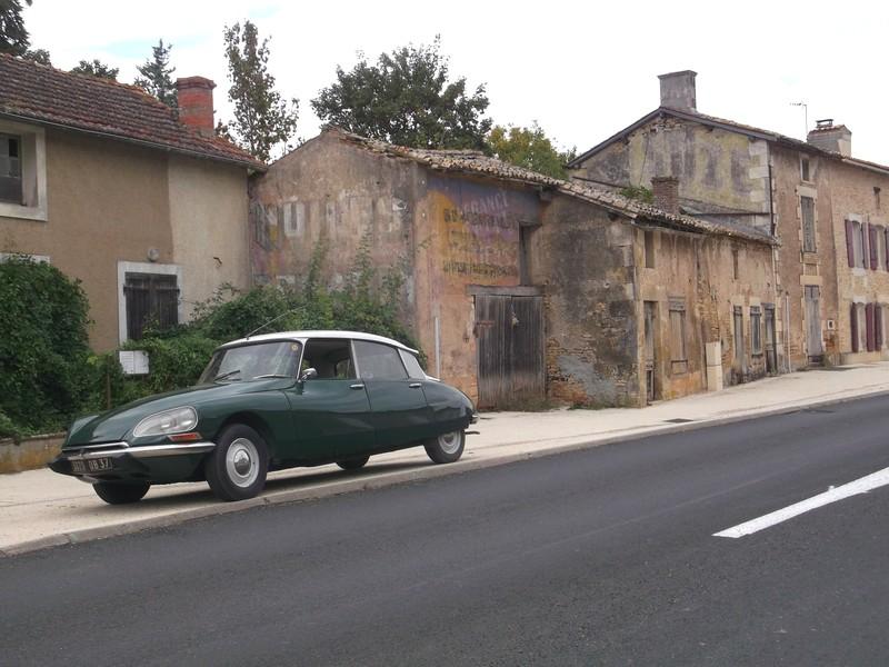 Les Minières, rue Marcel Renault