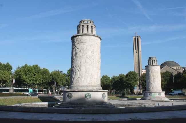 Paris, porte de Saint-Cloud, les fontaines lumineuses