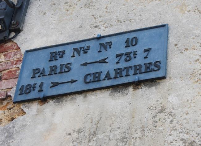 Maintenon, plaque de cocher rue de la Ferté