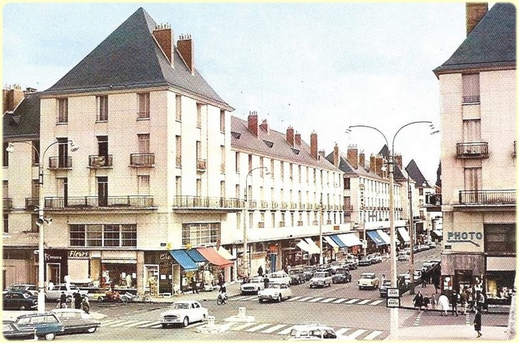 Tours, la rue Nationale